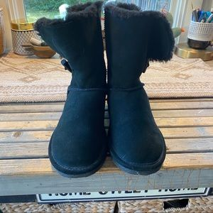 Bjorndal black suede Sherpa lined winter boots 9